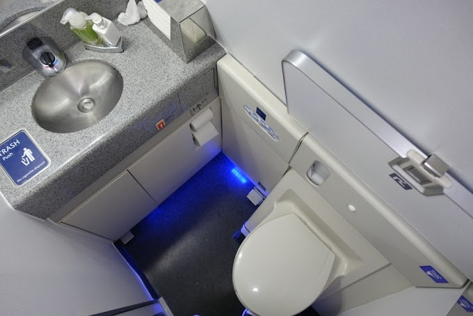 ✓ Best Of Boeing 767-300 toilets image