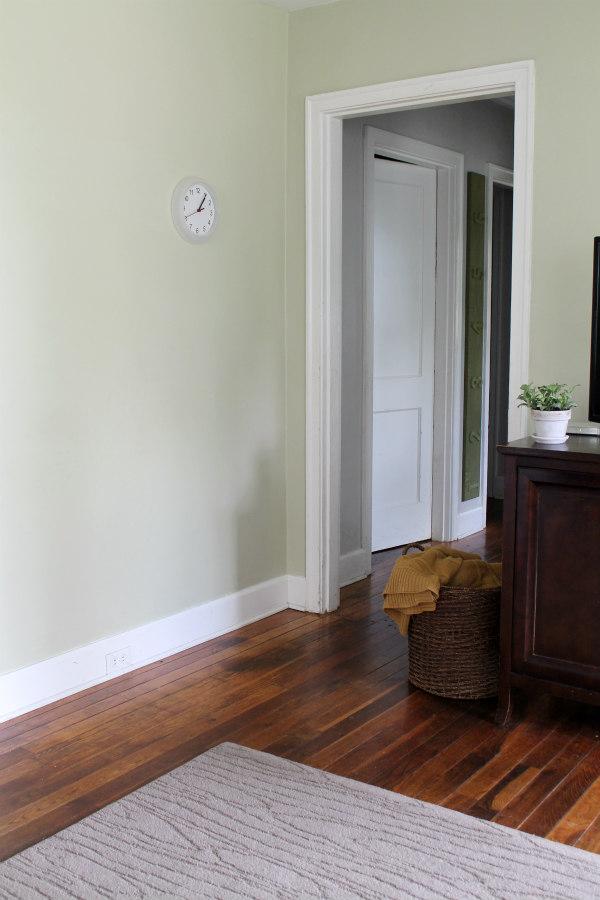 Living room refresh blank wall chippasunshine for Four blank walls