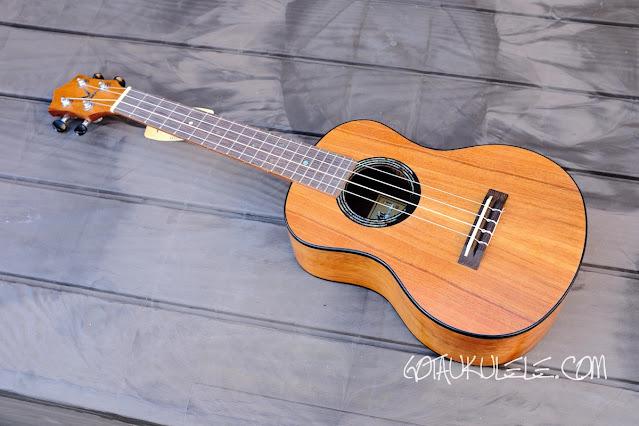 Kumu 4 string tenor ukulele
