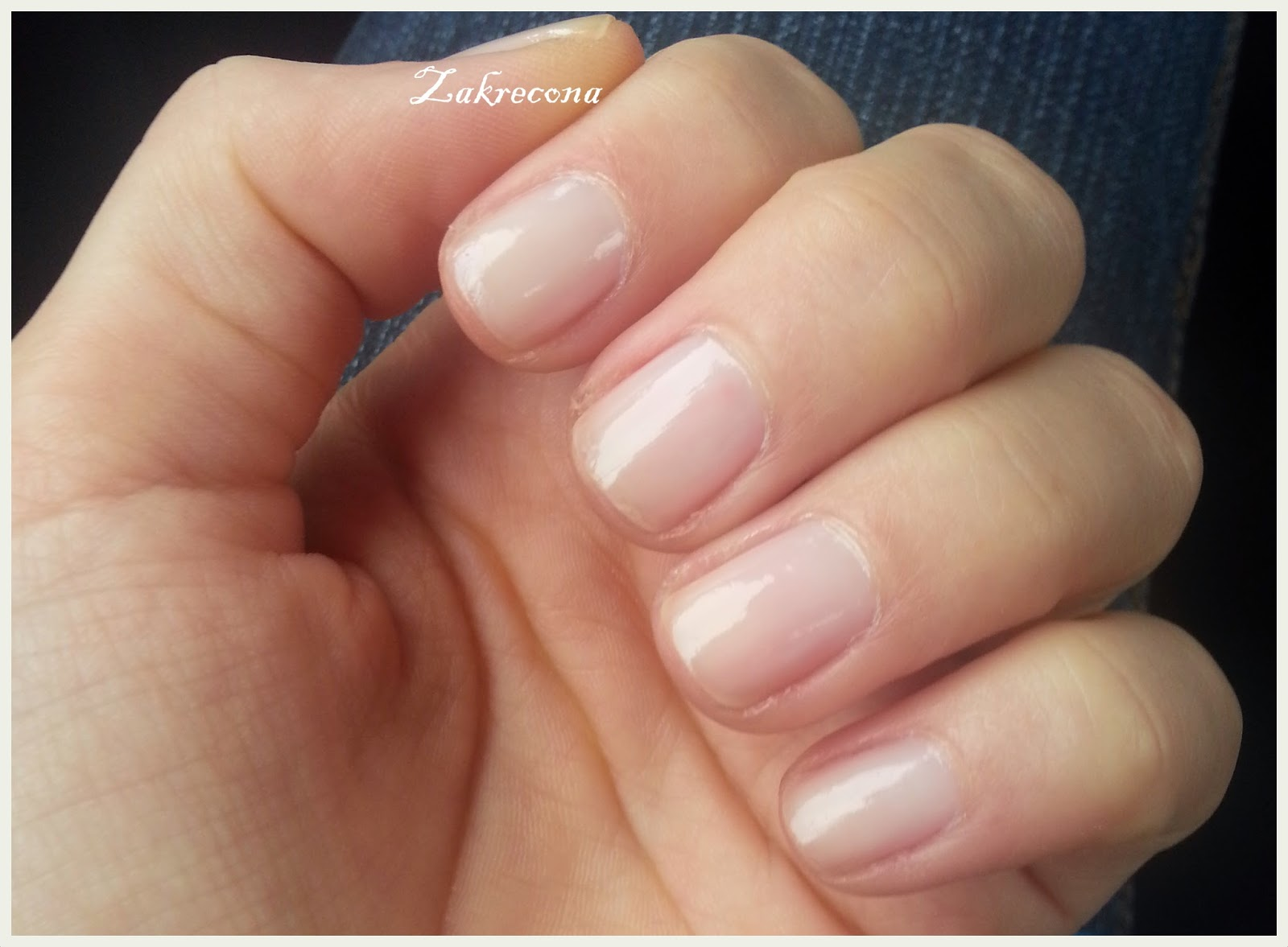 Jak odbudować swoje paznokcie?