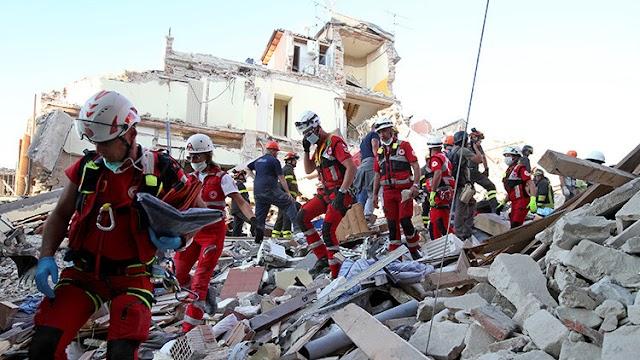 Dios expresa su ira con un terremoto en Italia, país que alberga la ciudad del Papa