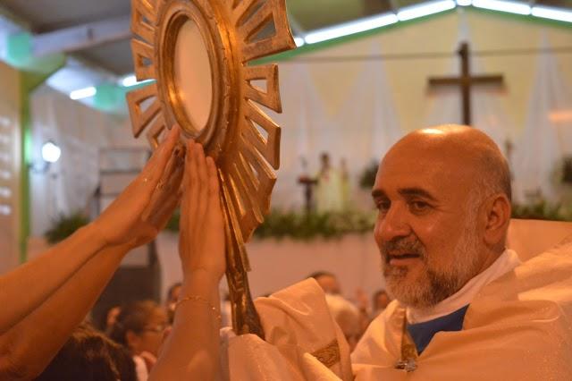 PAROQUIAL: Missa da Graça completa 15 anos com celebração cheia de emoção e demostração de fé