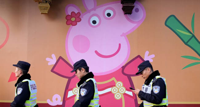 NickALive!: 'Peppa Pig' Lights Up the Globe with Chinese New