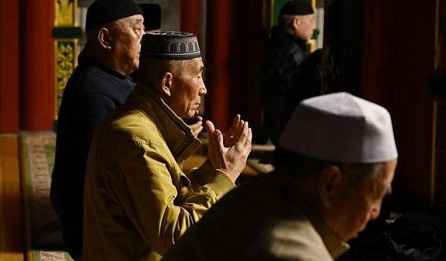 Foto Muslim Uyghur