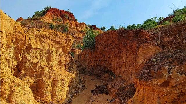 Gangani-Garbeta-Formation-Grand-canyon-of-Bengal