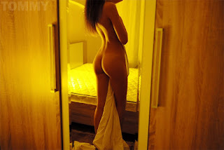 Casual Bottomless Girls - Tommy-31.jpg