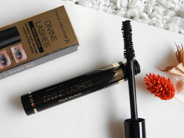 MaxFactor Divine Lashes mascara review