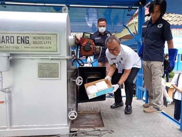 BNNP Jambi Musnahkan BB Sabu 5 Kilo