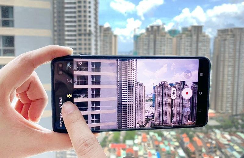 Quay phim bằng điện thoại Galaxy S10 thế nào cho chuẩn và chống rung tốt?