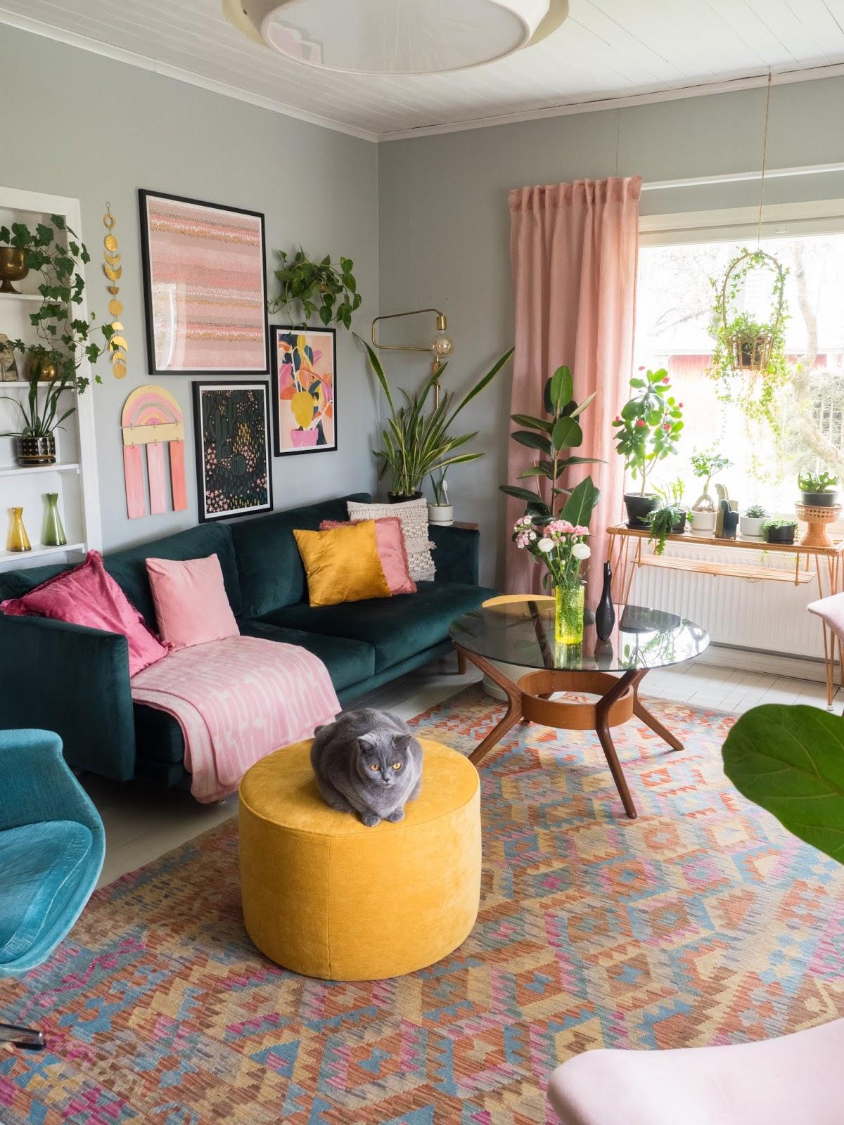 värikäs koti