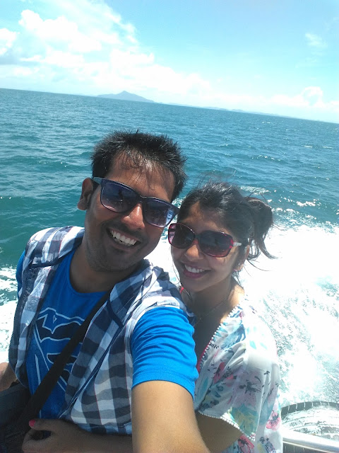 couples Madness over sea