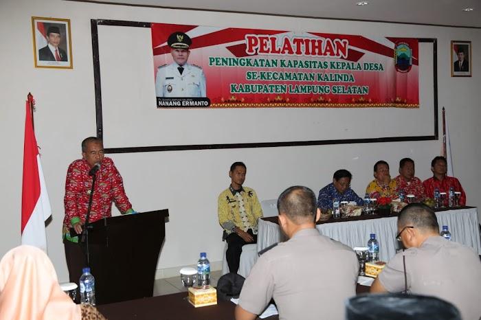 Staf Ahli Bupati, Buka Pelatihan  Peningkatan Kapasitas Kepeminpinan Kepada 24 Kepala Desa se-Kecamatan Kalianda Lamsel.