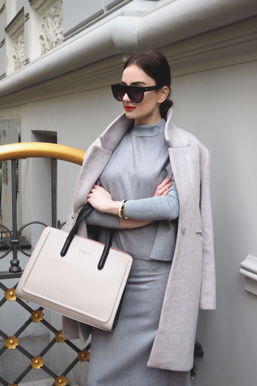 Inspiration | Building Grey on Grey Outfit