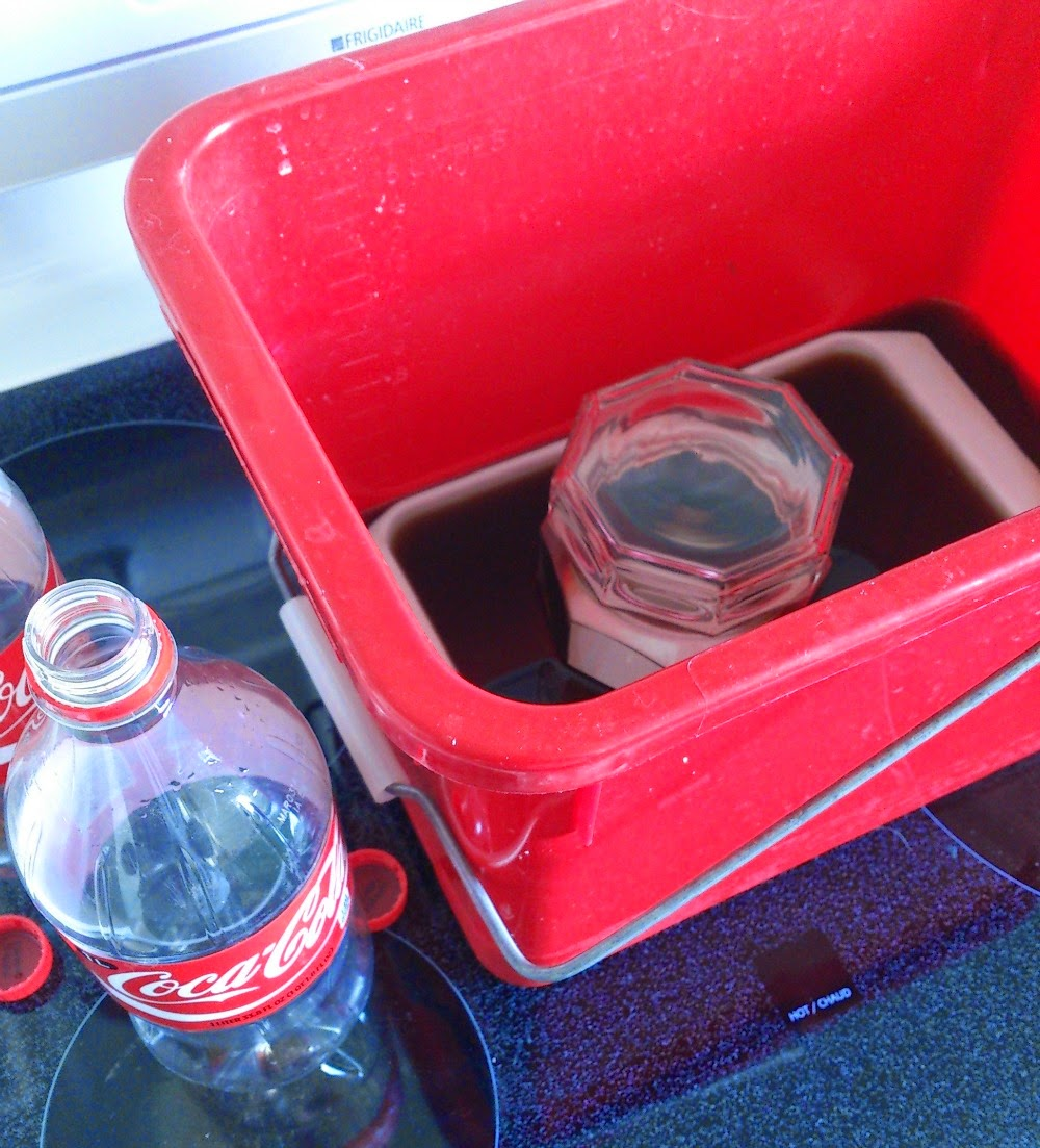 Does Soaking Vintage Pyrex in Coke Work?