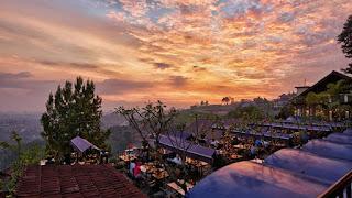 Wisata Kuliner Bandung yang Indah dan Romantis