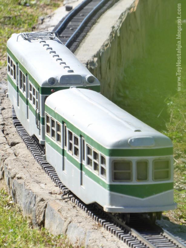 "Evocación del histórico tren ""El Abuelo"" el Ferrobús de RENFE serie 591 Catalunya en Miniatura - Catalonia Miniature"