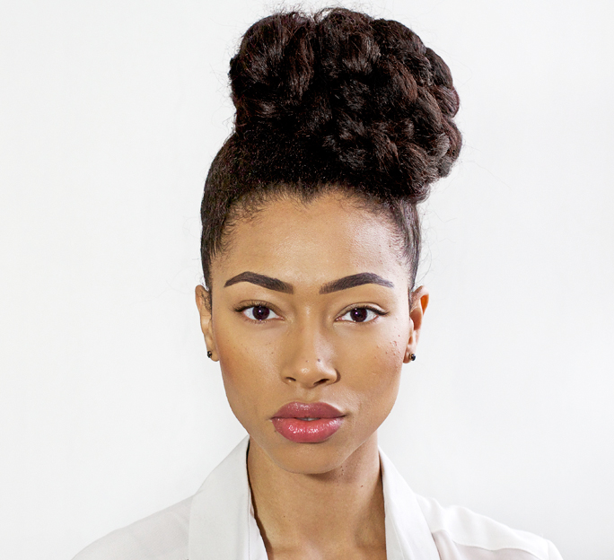 Hairstyle | Big Sideswept Braided Bun