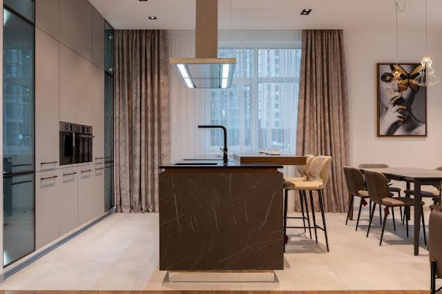 Furniture Pelengkap Ruang Makan Keluarga