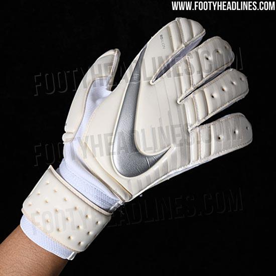 Nike 2018 World Cup Goalkeeper Gloves Leaked - Footy Headlines 85d71b299