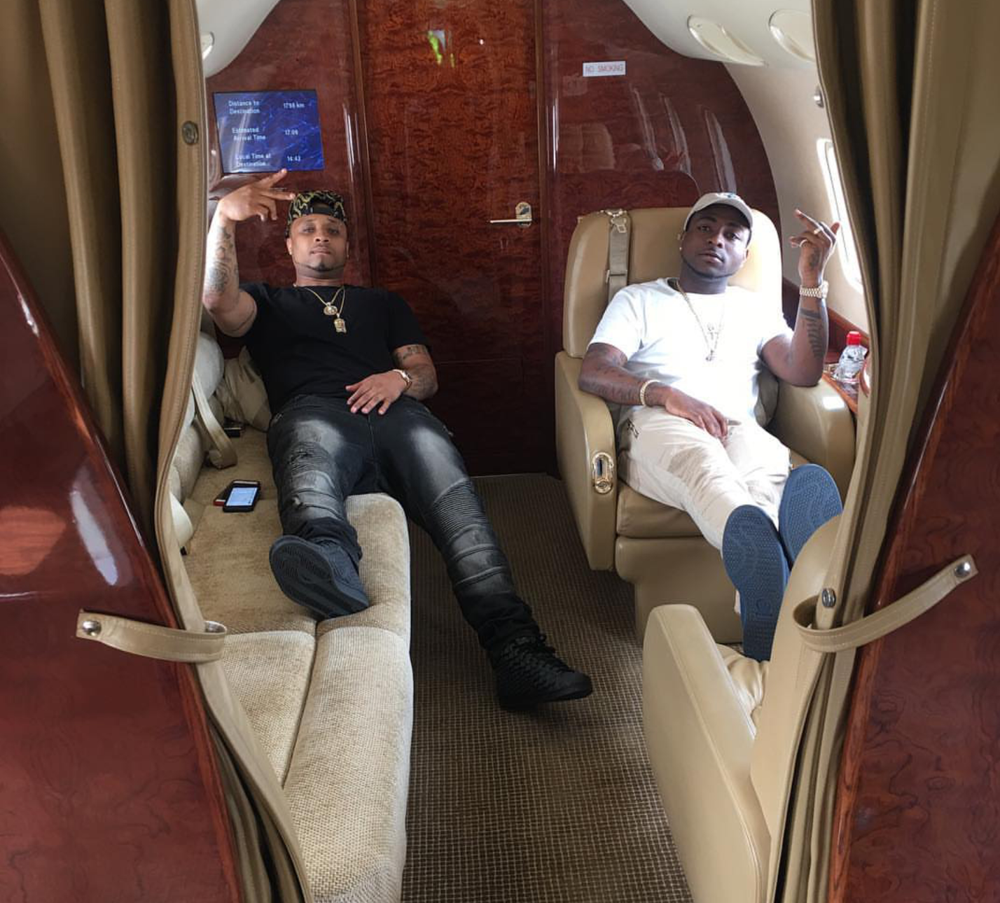Nigeria singer Davido and his crew flew on a private jet to