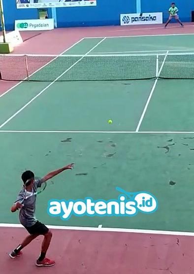 Kalahkan Rangga Wisnu, Atlet PPLPD Kalsel Melenggang ke Semifinal Disway Tennis Junior Championship