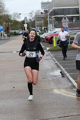 Female runner at Hillingdon Half Marathon