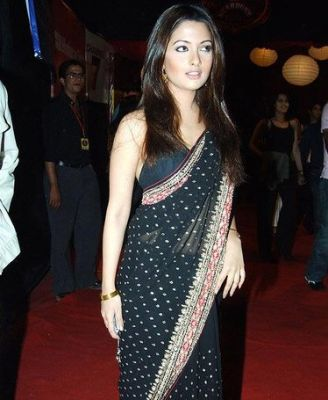 bollywood-actress-riya-sen-ashmit-patel-mms-video-was-leaked