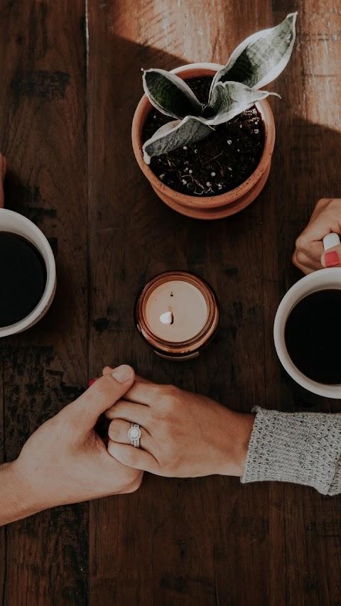 Tách cafe tình yêu