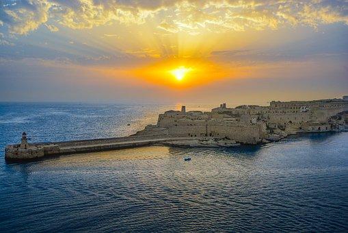 A Brief History Of Malta,historynations.com
