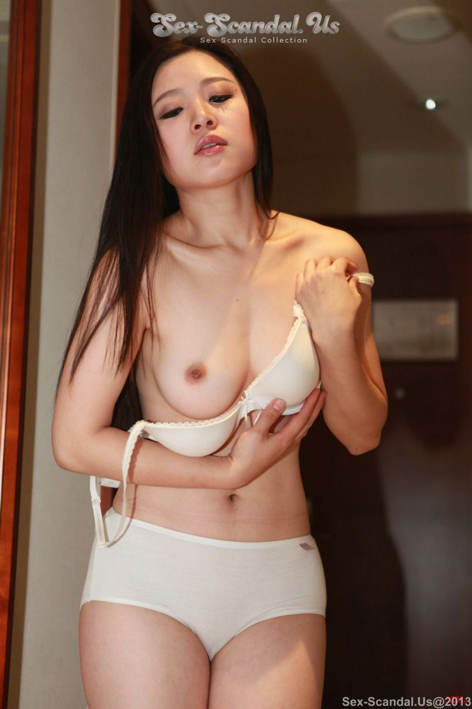Naked vietnam hot sexy girl