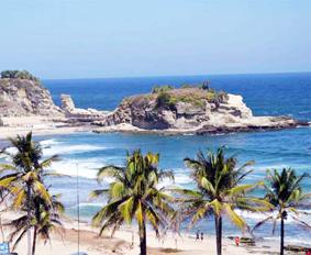 keindahan-objek-wisata-pantai-klayar-di-pacitan