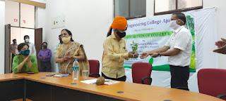 उखड़ती साँसों को जीवनदान देने के लिए RTU कुलपति आर ए गुप्ता (RA Gupta) द्वारा मेडिकल कॉलेज कोटा को 50 oxygen concentrators की मदद