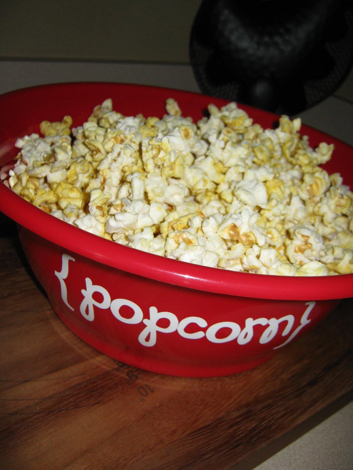 Ginger Snap Crafts Take A Look Popcorn Bowl