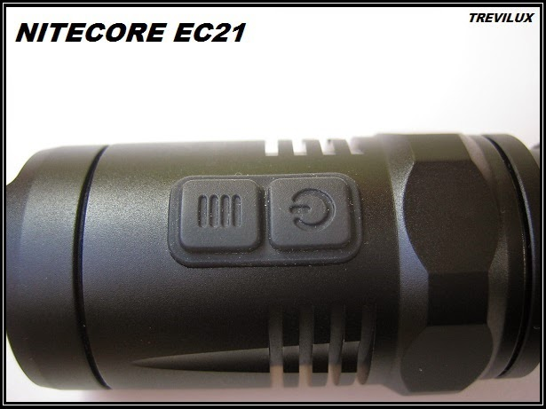 Nitecore EC21 doble switch luxlinternas@blogspot.com.es