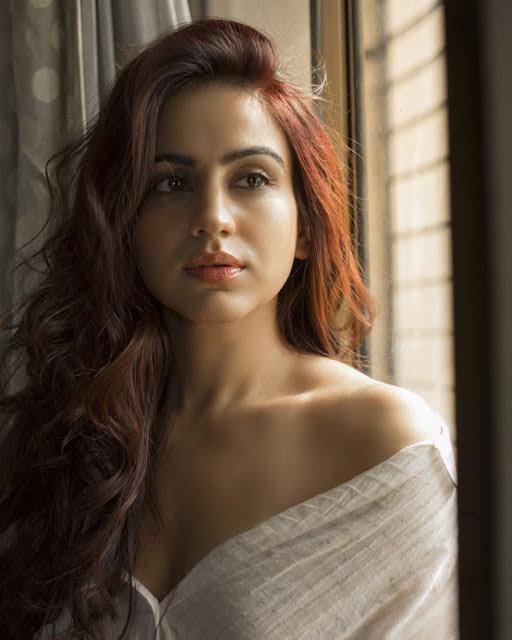 Aksha Pradasany Photos