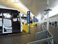 Otobüs terminali peronları
