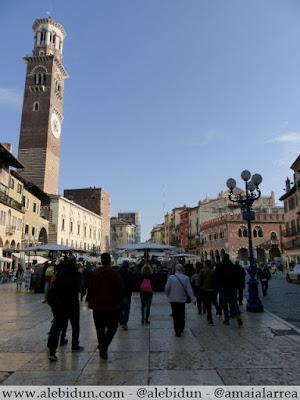 Piazza delle Erbe, Torre di Lamberti