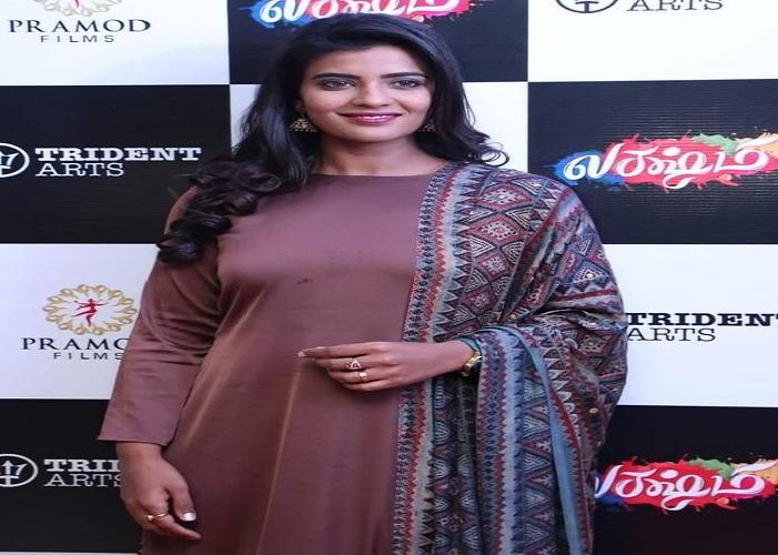 அம்மா கதாபாத்திரம் வேண்டாம் : ஐஸ்வர்யா ராஜேஸ்!