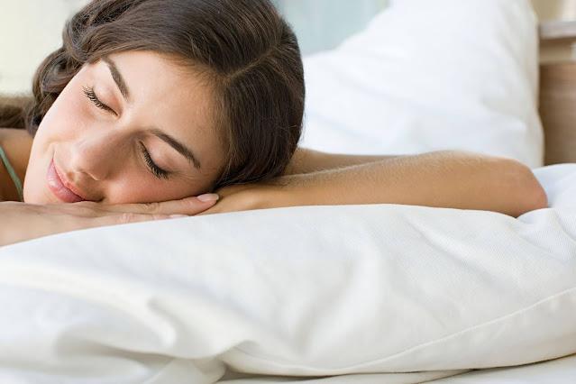 5 Infusions qui vous aideront à dormir paisiblement