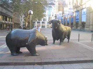 Bulle & Bar   Bull & Bear Frankfurt Germany