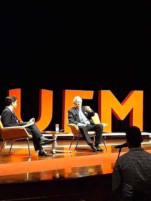 Mario Vargas Llosa en su presentación en Guatemala