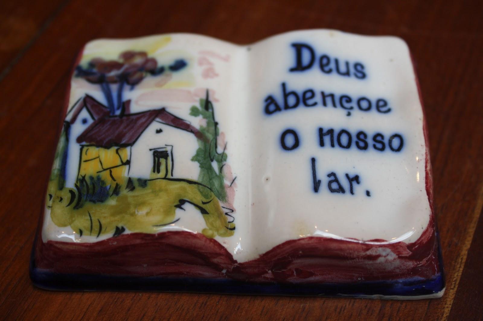 """Deus Abencoe Nosso Dia: O SÓTÃO DA TIA BECAS: LOUÇA ALCOBAÇA """"DEUS ABENÇOE O NOSSO"""