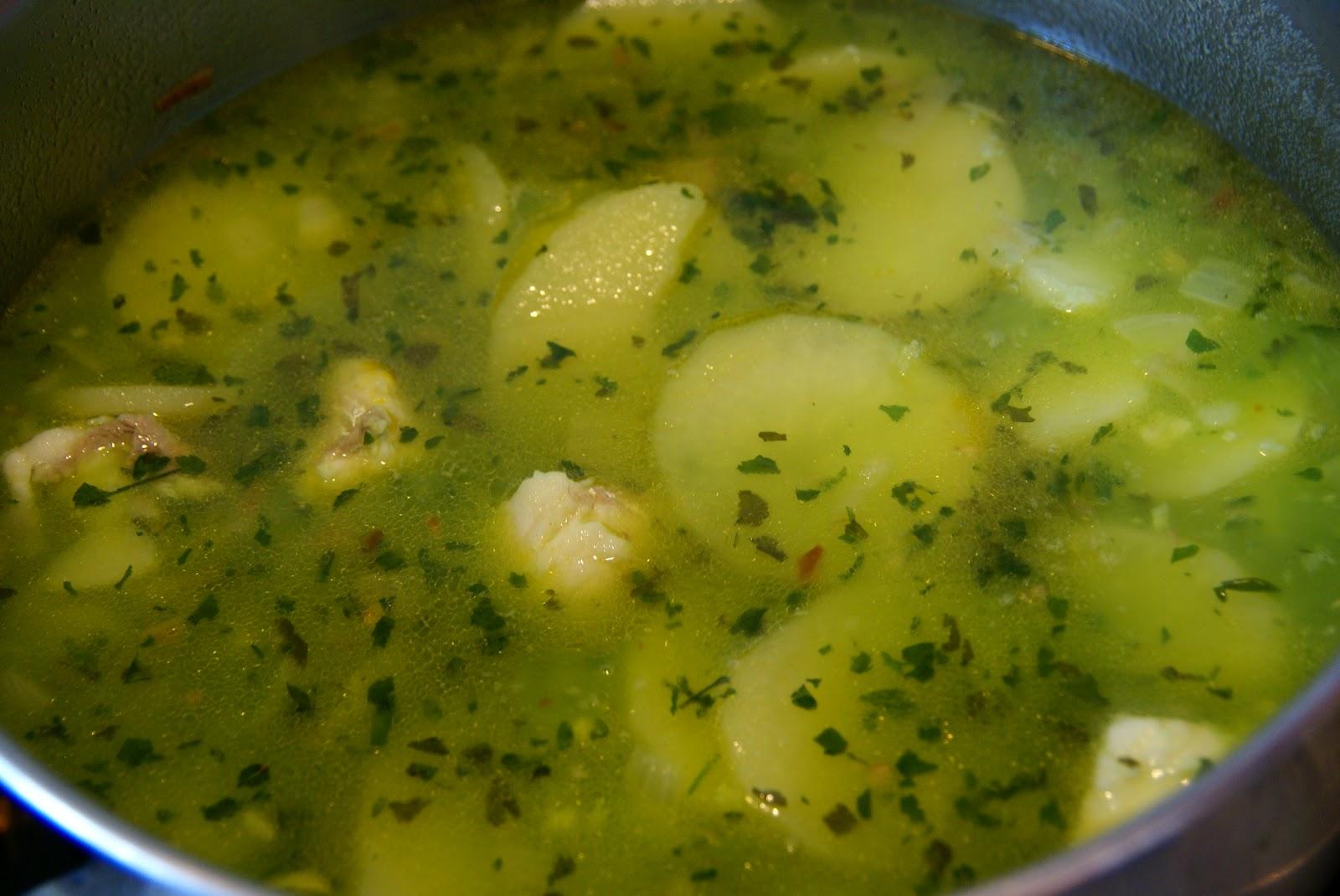 Resultado de imagen para patatas en salsa verde