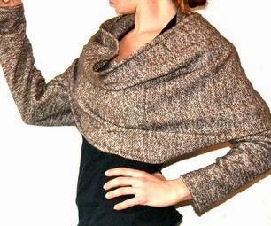 otro modelo de bolero o bufanda con mangas
