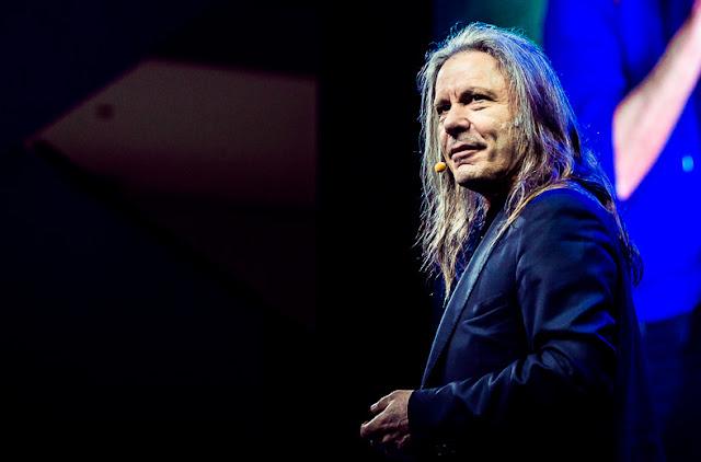 Bruce Dickinson: palestras em São Paulo e Curitiba em 2021