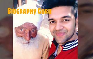 Guru Randhawa with his Grandfather, family