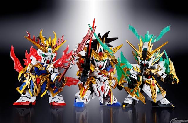 เล่าปี่ (Unicorn Gundam) กวนอู (Nu Gundam) และ เตียวหุย (God Gundam)