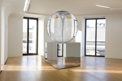The 'Turbulences' Exhibit, de Louis Vuitton 5