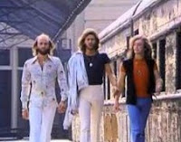 Stayin' Alive – Bee Gees (Saturday Night Fever 1977)