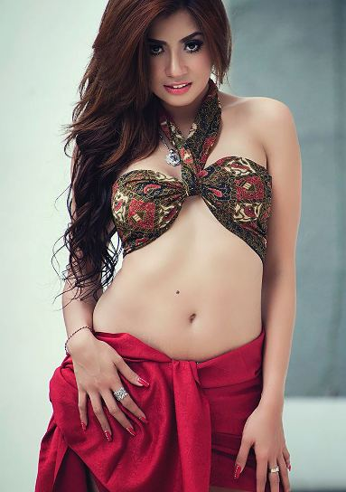 Download Koleksi Foto Ayunia Elfahrez #4 Hot Sexy Model Indonesia Ayunia Elfahrez Model PhotoShoot Majalah dewasa, Model Photography Sexy | www.insight-zone.com